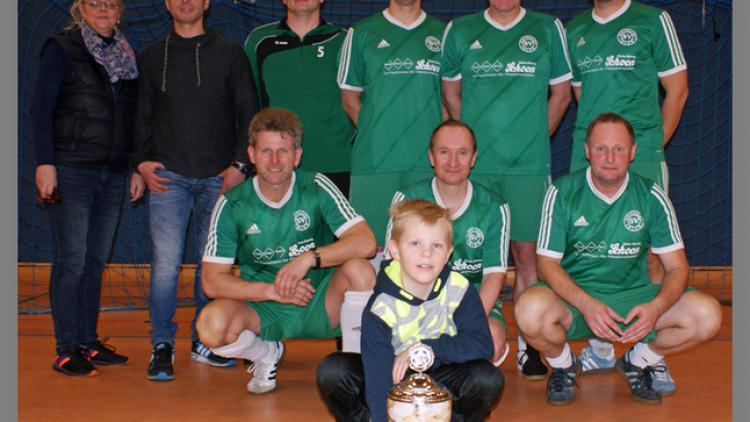 Alte Herren Ü40 gewinnen Ihlow-Cup drei mal in Folge